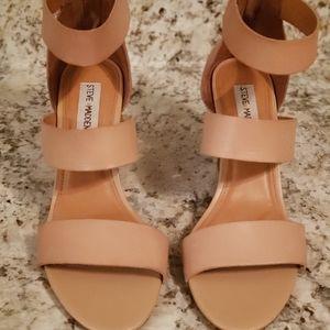 Steve Madden Tan Leather Sandal